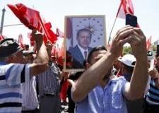Non solo sport. Le 'purghe' di Erdogan. Il 'cedo o non cedo' del Berlusca. Il 'gran potere' del Raiola.