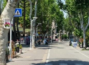 Bellaria Igea Marina. Via Perugia: nuova illuminazione. Lavori in via di completamento.