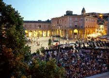 Santarcangelo. Teatro in Piazza. Sport, musica, buon cibo.