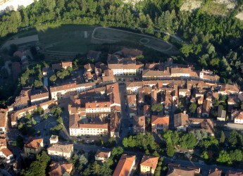 Casola Valsenio. Secondo mercatino di Casolaromatica nel centro storico.