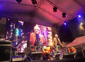 Rimini, il rock di Gene Gnocchi chiude il Meeting 2016.