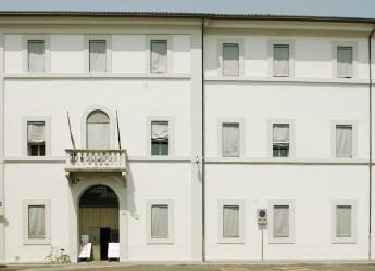 Lugo. Biblioteca 'Fabrizio Trisi'. Aperti i servizi al piano terra.