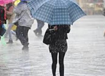 Regione. Allerta maltempo: dalle 8 di mercoledì alle 18 di giovedì. Temporali, vento, mare e coste.