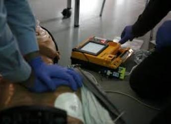 Ravenna. Pronti 23 defibrillatori per le palestre scolastiche.