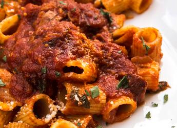 Rigatoni alla Bolognese… in bianco. Il New York Times stravolge una ricetta tipica italiana