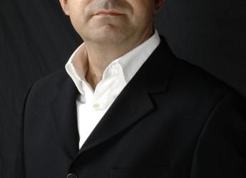 Elio inaugura la nuova stagione del Teatro Astra di Bellaria con Minima Animalia