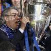 Non solo sport. Europa League: Beneamata, in che mani sei finita? Passa la Roma, la Viola rischia.