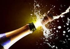 """Spumanti italiani """"superstar"""" a Natale: nel nostro Paese verranno stappate 62 milioni di bottiglie"""