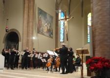 Cesena. Successo della mostra 'Il Presepe infinito', con omaggio musicale al maestro Ilario Fioravanti.
