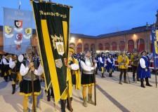 Lugo di Romagna. Contesa estense: a Stuoie il Palio dei musici, al rione De'Brozzi il Palio degli sbandieratori.