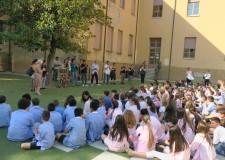 Santarcangelo d/R. 'Era un parcheggio', gli alunni della 'Pascucci'  visitano il cantiere in anteprima.