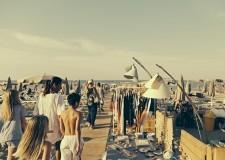 Cesenatico. Grande successo per lo shopping in spiaggia by-night. Gaia Morara: 'Evento affascinante'.
