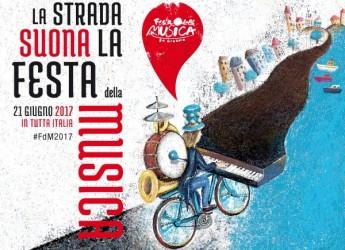 Rimini. Festa della Musica: la banda cittadina protagonista per le stradine di borgo San Giuliano.