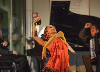 Ravenna. Musiche e danze d'Ispagna in piazza San Francesco. Nel caldo  'recuerdos de la Alhambra '.