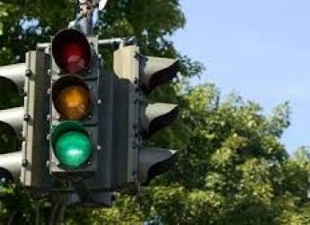 Ravenna. Attraversamenti pedonali 'intelligenti': attivati due innovativi impianti di segnalazione.