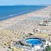 Rimini. Tutto esaurito a Ferragosto. Hotel strapieni, spiagge affollate, locali da sold out. Stagione super.