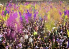 Cesenatico. Arriva 'Be color on the beach'. Sabato 19, la happy run più divertente e colorata che ci sia!