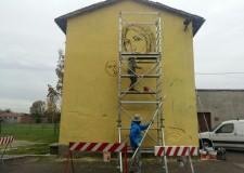 Cotignola. Lavori ancora in corso a Barbiano del Collettivo Fx  per la ' Madonna dell'Adesso'.