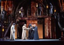 Lugo. Stagione al 'Rossini': apre ' Il nome della rosa', versione teatrale del capolavoro di Umberto Eco.