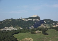 Montefeltro, l'antica ' Regione dei castelli'. Che sarebbe ora di (re)inventariare e valorizzare.