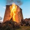 Faenza. Riti campestri. Danze, storie e sapori attorno al fuoco per i 'Lòm a mêrz' alla Torre di Oriolo.