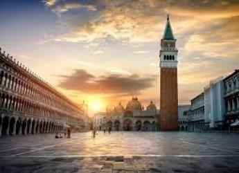 Mete pasquali. Una inedita laguna di Venezia: lenta, lontana dalle folle ed immersa nella natura.