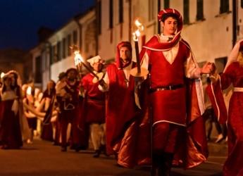 Barbiano. E' tempo di festa. In arrivo il Palio di Alberico. Da venerdì 25 a lunedì 28 maggio, nel centro storico.