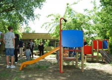Cotignola. Sono stati i genitori a sistemare il giardino della scuola d'infanzia di Barbiano.