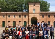 San Mauro. Collaborazione tra Comune e Cittadini. Un 'fanciullino' per il Parco Poesia Pascoli.