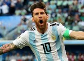 Non solo sport. Messi torna a sorridere. Tanto per dire, perchè già è pronto il nuovo incubo: la Francia.