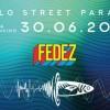 Rimini.'Molo Street Parade' numero 7. Con un 'palcoscenico' affacciato sul mare e uno sulla terraferma.