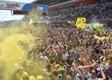 Non solo sport. Il magnifico Vale ( terzo) tinge di giallo il Mugello. Dove risorge Lorenzo, davanti al Dovi.