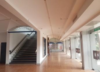 Rimini. Ex 'Astoria', lavori al foyer in fase avanzata. Scuola della Gaiofana: tessere per trasporto gratuito.