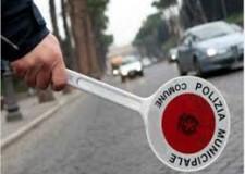 Rimini. Contrasto all'uso di alcol durante la guida: nel 2018 oltre 3000 i controlli, 105 le patenti ritirate.