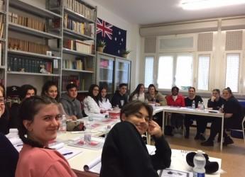 Misano Adriatico. Dall'Australia  per una full immersion nella lingua e nella cultura del nostro Paese.