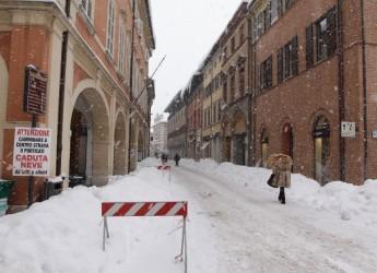 Cesena. Primi fiocchi di neve. Il Comune ha pronto il 'Piano neve 2018/19′. Il contributo di tutti.