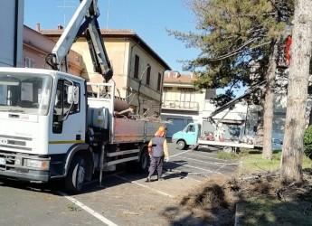 Massa Lombarda. Riqualificazione di piazza Umberto Ricci. Il restauro del monumento ai Caduti.