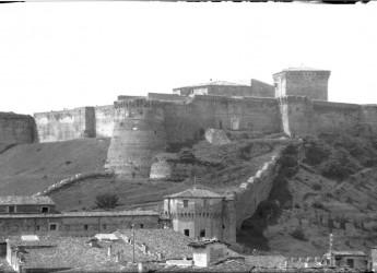 Cesena. Alla scoperta delle Mura malatestiane. Venerdì 28 giugno, ore 21, dalla piazza del Popolo.