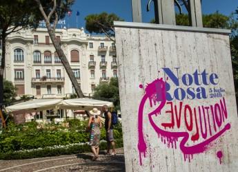 Romagna. Dal 5 luglio, torna la 'Notte rosa'. Con oltre 400 eventi super, tra concerti e spettacoli musicali.
