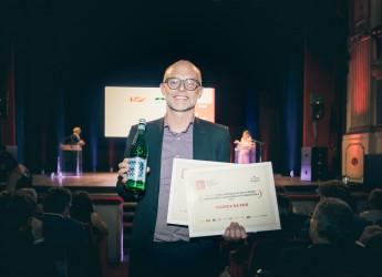 Napoli. Denis Lovatel scala la classifica di 50Top Pizza e vince il premio S.Pellegrino&Acqua Panna.