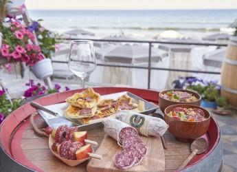 Milano.Tendenze e mode. Le ricette da spiaggia fra bon ton e gusto. Salumi e pane, il binomio vincente.