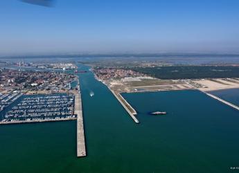 Ravenna. Il bando di gara del progetto 'Ravenna Port Hub'. Storica tappa nella vita del porto romagnolo.