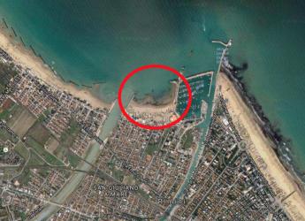 Rimini. Intervento sulla spiaggia di San Giuliano Mare. Per la difesa della costa e della balneazione.