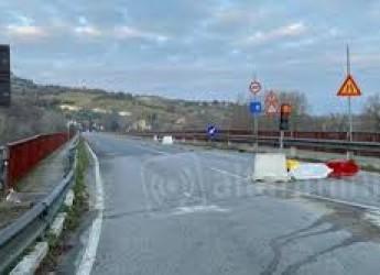Rimini. Il ponte di Verucchio ancora chiuso. All'esame soluzioni per l'attraversamento del Marecchia.