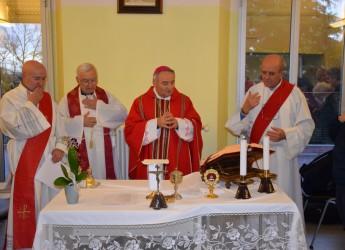 Forlì. Messa di Santa Lucia con il vescovo mons Corazza al reparto  ' Oculistica' del 'Morgagni'.