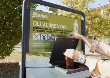 Ravenna. Hera potenzia la raccolta differenziata dell'olio alimentare con tre nuove colonnine stradali.