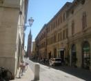 Forlì. Illuminazione pubblica: lavori sulle tesate in centro storico. Sono 21 le strade interessate all'intervento.