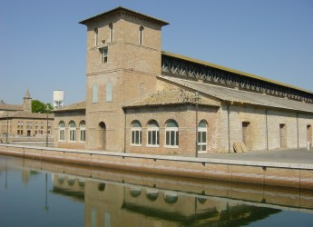 Cervia. Riaprono i cantieri. Sul Lungomare di Milano Marittima, Borgomarina e magazzino Darsena.