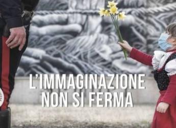 Italia. La bimba e il fiore al Carabiniere. Immagine simbolo della VI  edizione  'Siena Awards'.
