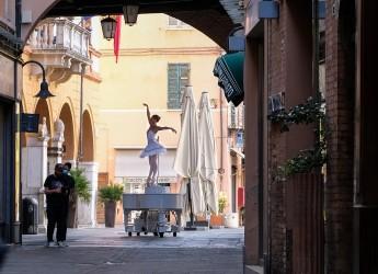 Ravenna.Un viaggio chiamato bellezza': video girato in centro città, tra monumenti, vicoli e piazze.